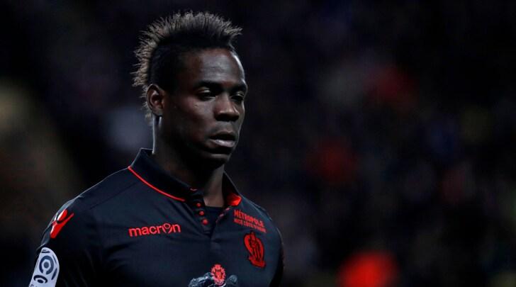 Ligue 1, il Nizza aggancia il Psg: per Balotelli solo 12 minuti