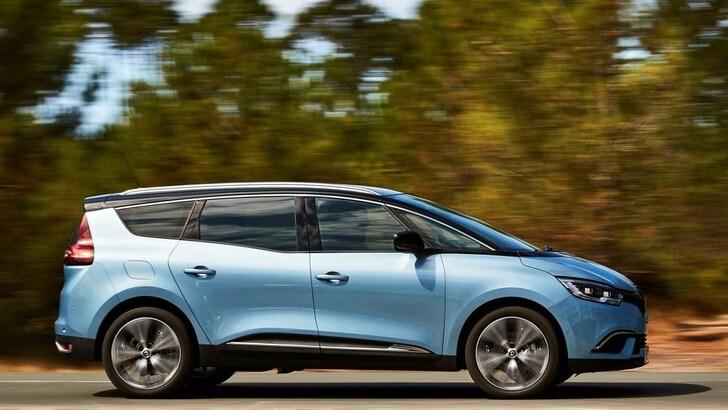 Renault Grand Scénic, la prova su strada