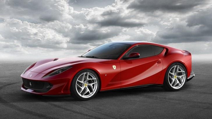 Ferrari 812 Superfast, potenza senza rivali