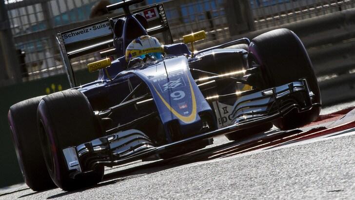 F1, Sauber: svelata la vettura, Giovinazzi in pista nei test