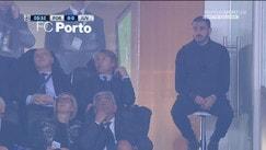 Porto-Juventus, Bonucci guarda sconsolato dalla tribuna
