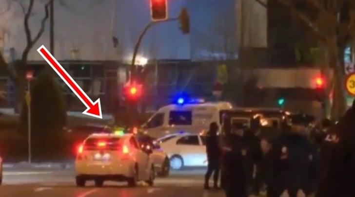 Cristiano Ronaldo passa con il rosso davanti alla polizia!
