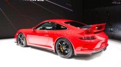 Porsche 911 GT3, la radicale torna al manuale