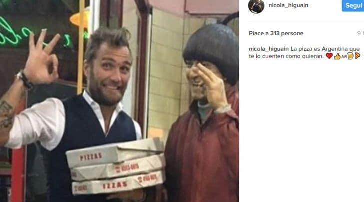 «La pizza è argentina»: il fratello di Higuain provoca i napoletani e viene insultato