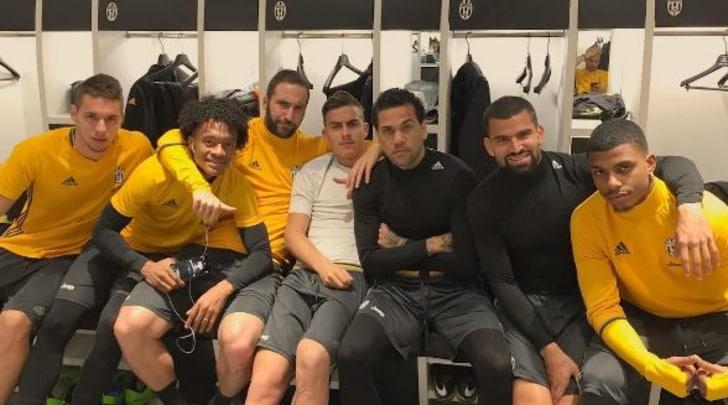 Spogliatoio Juventus, i cattivi di Dani Alves:«Pronti alla battaglia»