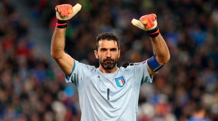 Italia e Juventus celebrano Buffon nel club dei millenari. E Maldini è nel mirino