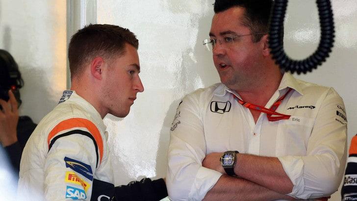 F1: in Q2 male Alonso, vola Raikkonen
