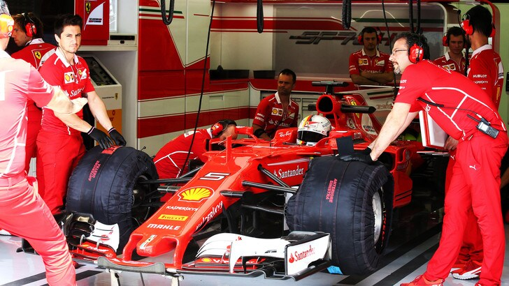 F1, Vettel: «Qualche problema nei test, ma è normale»