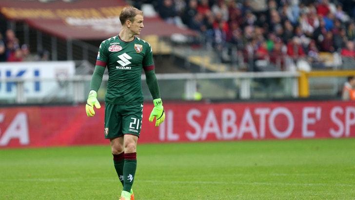 Calciomercato, il Toro saluta Hart: per le quote va all'Everton