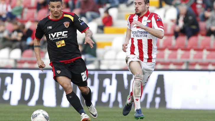 Serie B Benevento-Vicenza, probabili formazioni e tempo reale alle 21