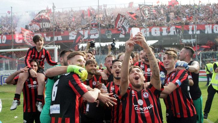Lega pro: Foggia torna in serie B