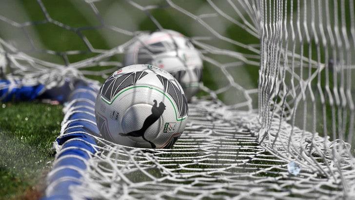 Calcioscommesse a San Marino, bomber del campionato arrestato davanti allo stadio