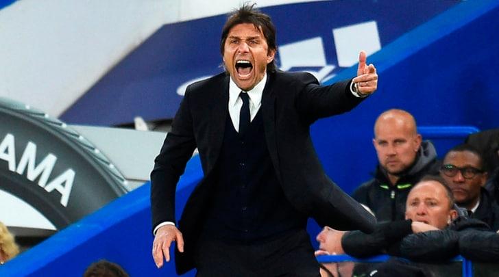 I tifosi della Juventus a Conte:«Premier al Chelsea? A noi la Champions»