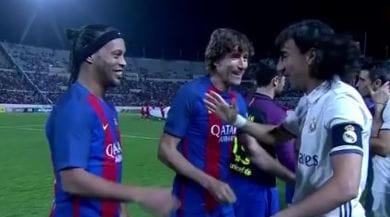 """Barcellona batte Real Madrid 3-2 anche nel """"Clasico"""" leggende"""