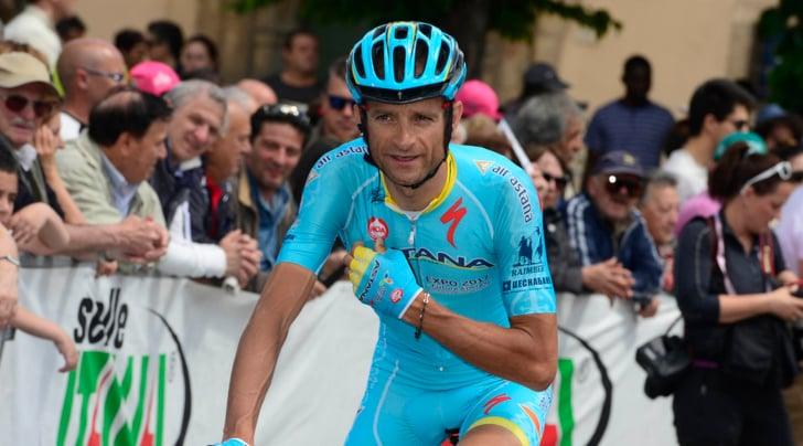 Giro d'Italia, l'Astana ha deciso: Scarponi non sarà sostituito