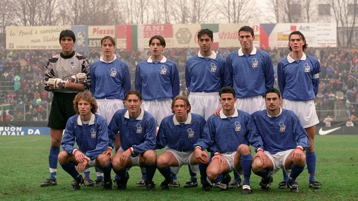 Buffon da pallone d'oro, Totti da scrivania. Nell'Italia c'erano anche Zanchi e Sadotti...