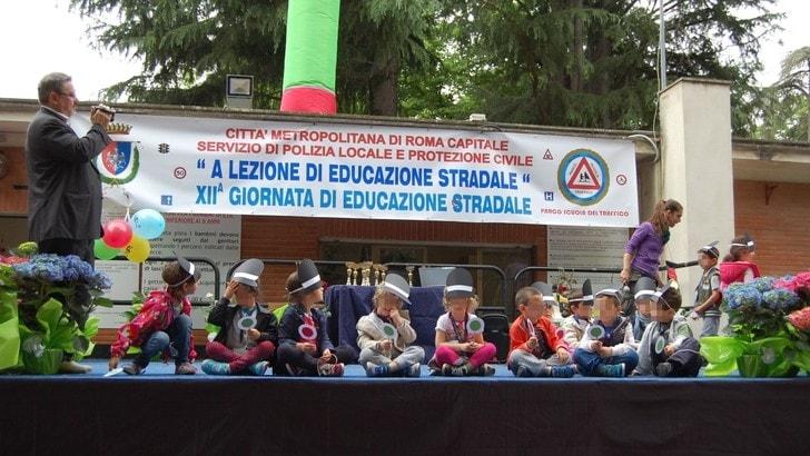 Sicurezza stradale, corsi gratuiti per i bimbi delle elementari a Roma