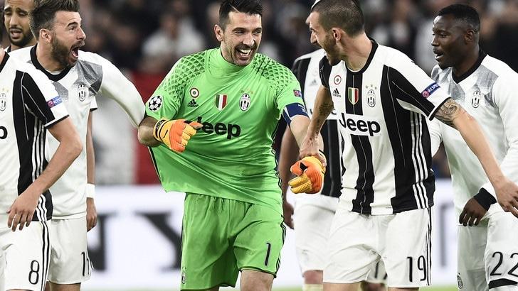 Juventus, Buffon è da Pallone d'oro: lo dicono tutti