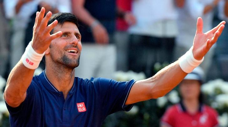 Internazionali d'Italia: Djokovic vola ai quarti di finale