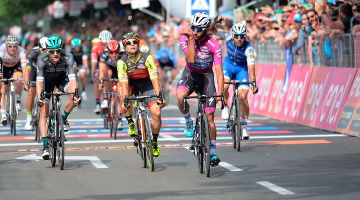 Giro d'Italia, Gaviria cala il poker a Tortona