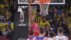 Hines travolge il Real, il CSKA chiude terzo