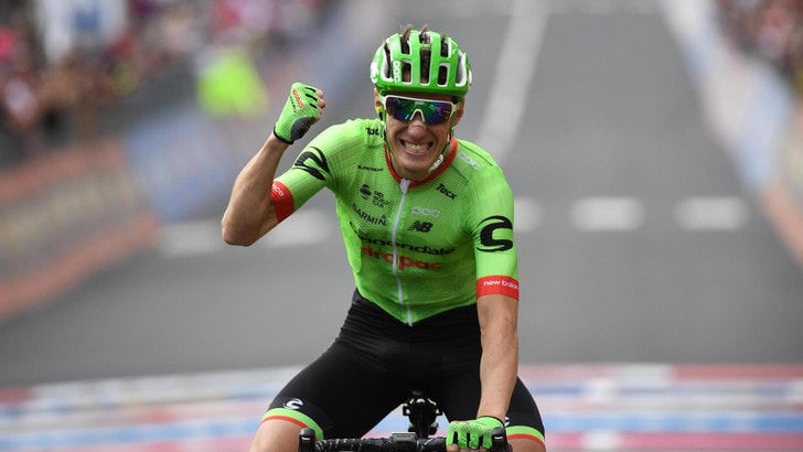 Giro d'Italia, a Canazei vince Rolland. Dumoulin resta maglia rosa