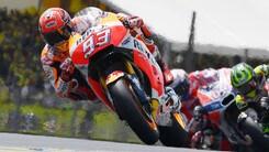 MotoGp, test Barcellona: svettano Marquez e Lorenzo