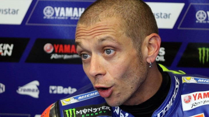 Moto: Rossi,notte tranquilla in ospedale