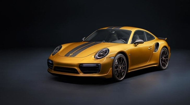 Porsche 911 Turbo S Exclusive, oh my Gold!