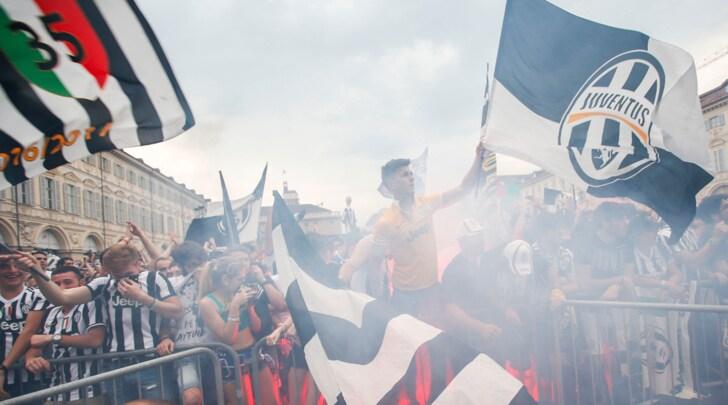 Juventus, via alla campagna abbonamenti. E nasce l'Allianz Stadium