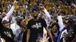 Durant è inarrestabile. I Warriors sono di nuovo campioni NBA