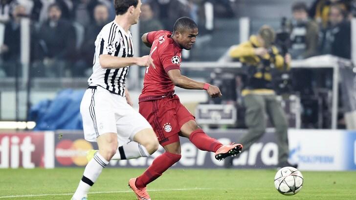 In Germania sicuri: «Douglas Costa-Juventus, affare fatto!»