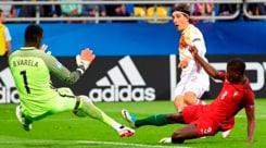 """Bellerin """"scompare"""" dalla foto dell'Arsenal: Juventus e Barcellona sperano"""
