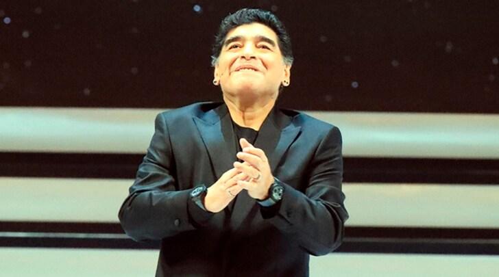 Maradona cittadino di Napoli