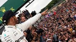 F1, Hamilton trionfa a Silverstone: il titolo vale 1,50