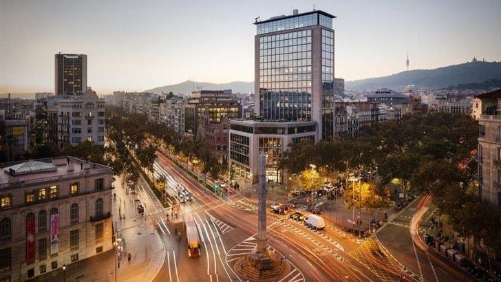 Il centro di Barcellona si prepara per il