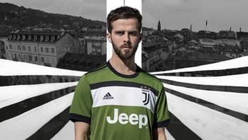Juventus, ufficiale: ecco la terza maglia