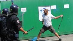 Brescia-Cagliari, scontri tra ultras Arrivano i primi Daspo dell'anno