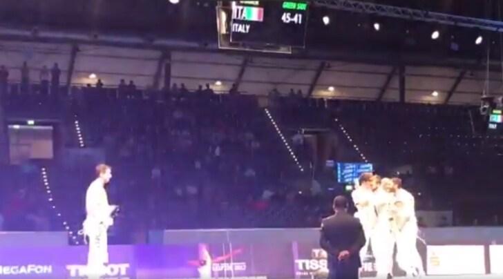 Mondiali scherma, oro dell'Italia nel fioretto a squadre
