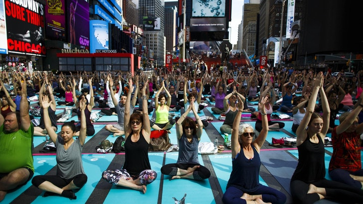 Malagò conferma: «Lo Yoga diventa sport»
