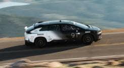 FF91, l'elettrica cinese da 1000 cv sfida Tesla