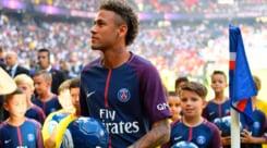 Calciomercato, il Barcellona blocca il transfer di Neymar: attende i 222 milioni