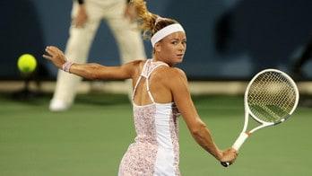 Tennis, Cincinnati: Giorgi-Pliskova, stop per pioggia