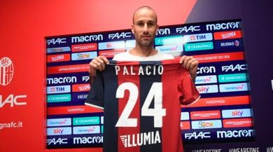 Bologna, ecco Palacio: «Posso giocare insieme a Destro»