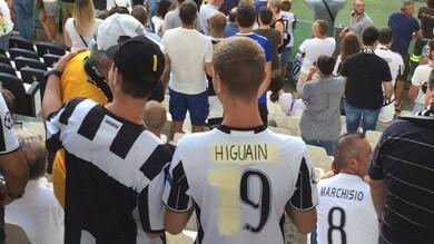 Orfani di Bonucci? I tifosi della Juventus rispondono con la maglia modificata