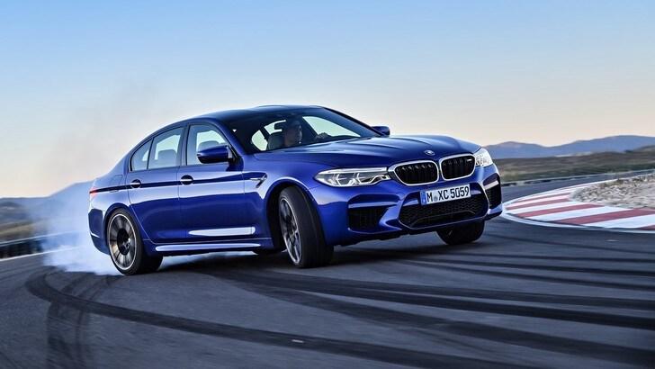 """BMW M5, 600 CV e trazione...""""come tu mi vuoi"""""""
