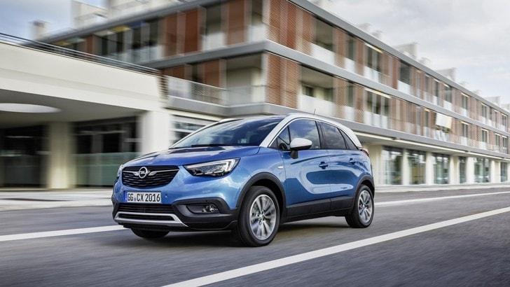 Opel Crossland X, in 50.000 l'hanno già scelta