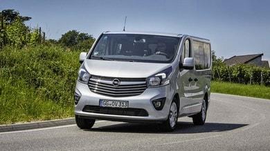 Opel Vivaro Combi+ e Tourer, foto