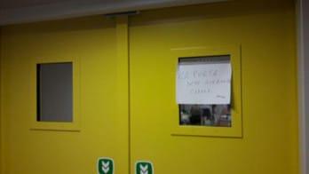 MotoGp, rossi lascia l'ospedale: guarda le foto