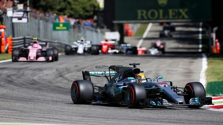 F1, Gp d'Italia: vince Hamilton, è primo nel mondiale. Vettel terzo dietro Bottas